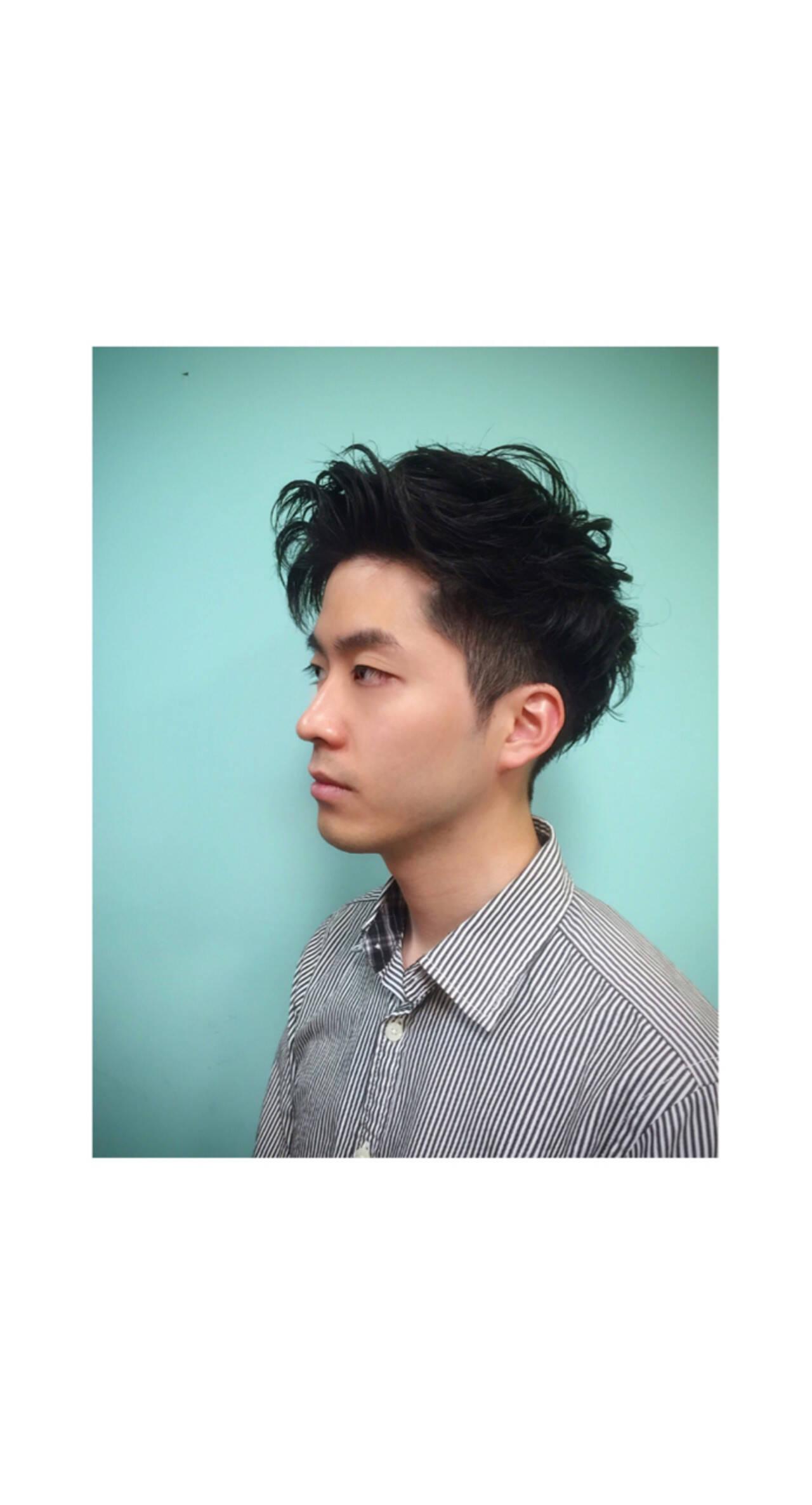 ショート パーマ 暗髪 モードヘアスタイルや髪型の写真・画像