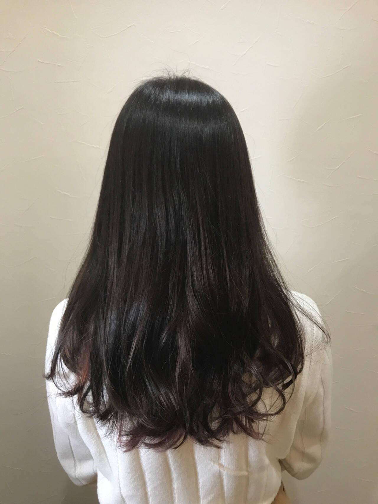 ラベンダーアッシュ パープル ストリート ロングヘアスタイルや髪型の写真・画像