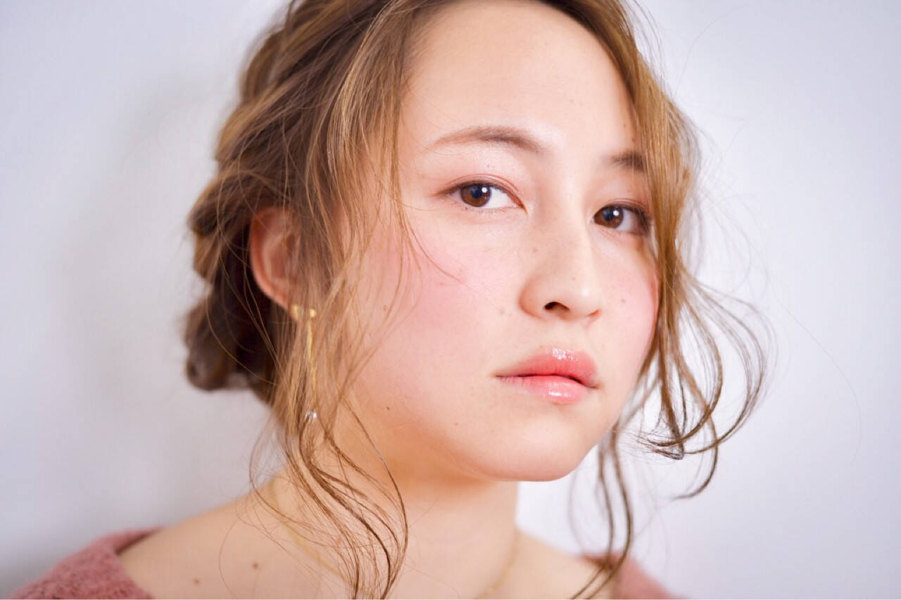 ガーリー ヘアアレンジ ロング 編み込みヘアスタイルや髪型の写真・画像