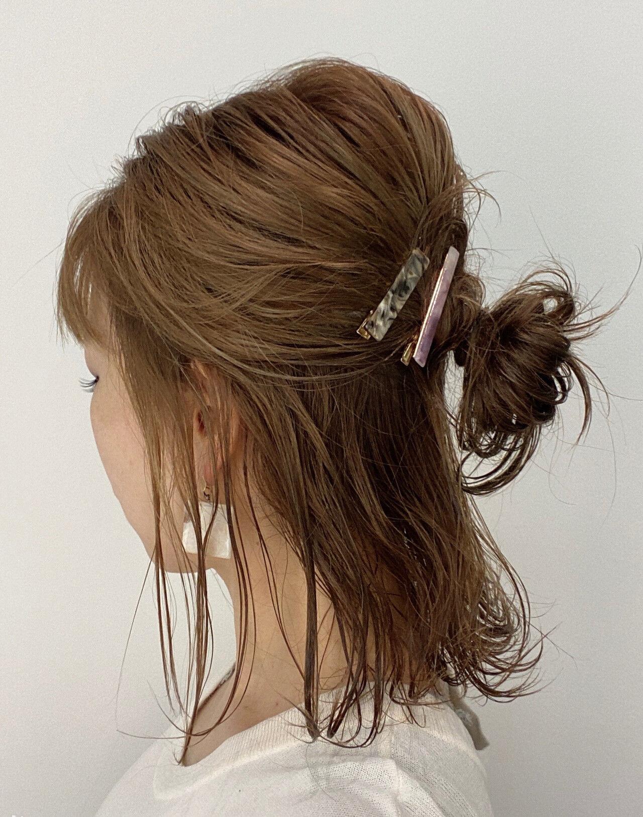 簡単ヘアアレンジ おだんご ハーフアップ ミディアムヘアスタイルや髪型の写真・画像