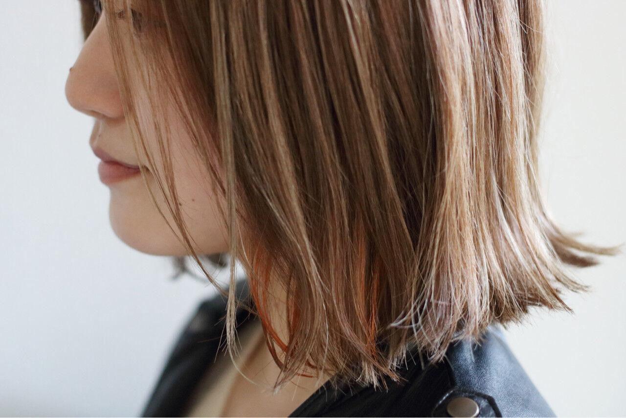 こなれ感 グレージュ 外ハネ ハイライトヘアスタイルや髪型の写真・画像
