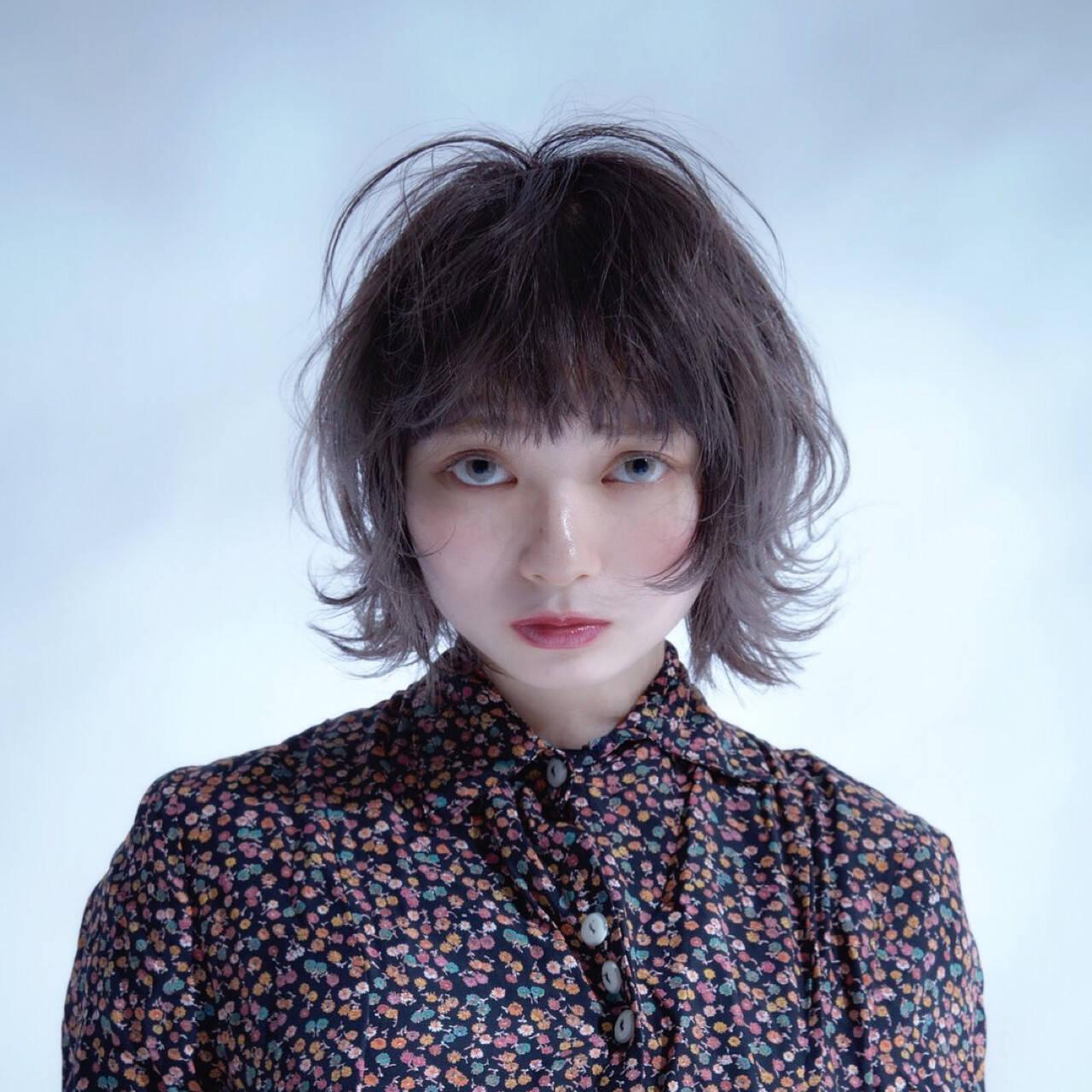 アッシュ ローライト ハイライト ガーリーヘアスタイルや髪型の写真・画像