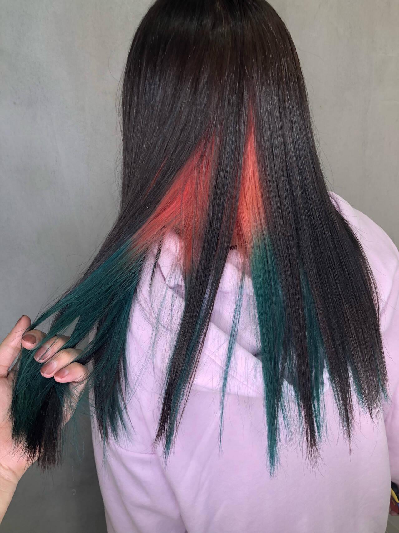 派手髪 裾カラー ストリート グラデーションカラーヘアスタイルや髪型の写真・画像