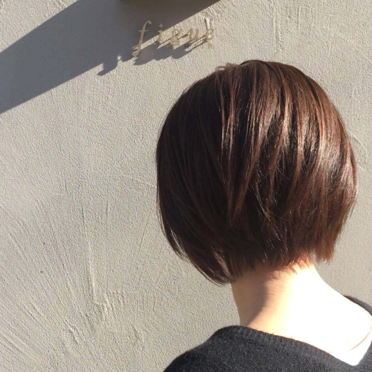 似合わせ フェミニン ショートボブ ベージュヘアスタイルや髪型の写真・画像