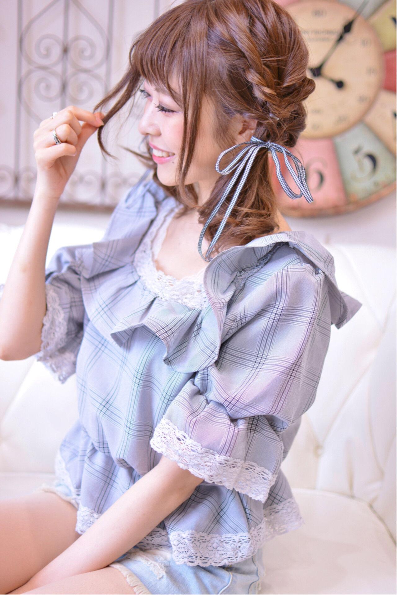 秋 デート ミディアム ゆるふわヘアスタイルや髪型の写真・画像