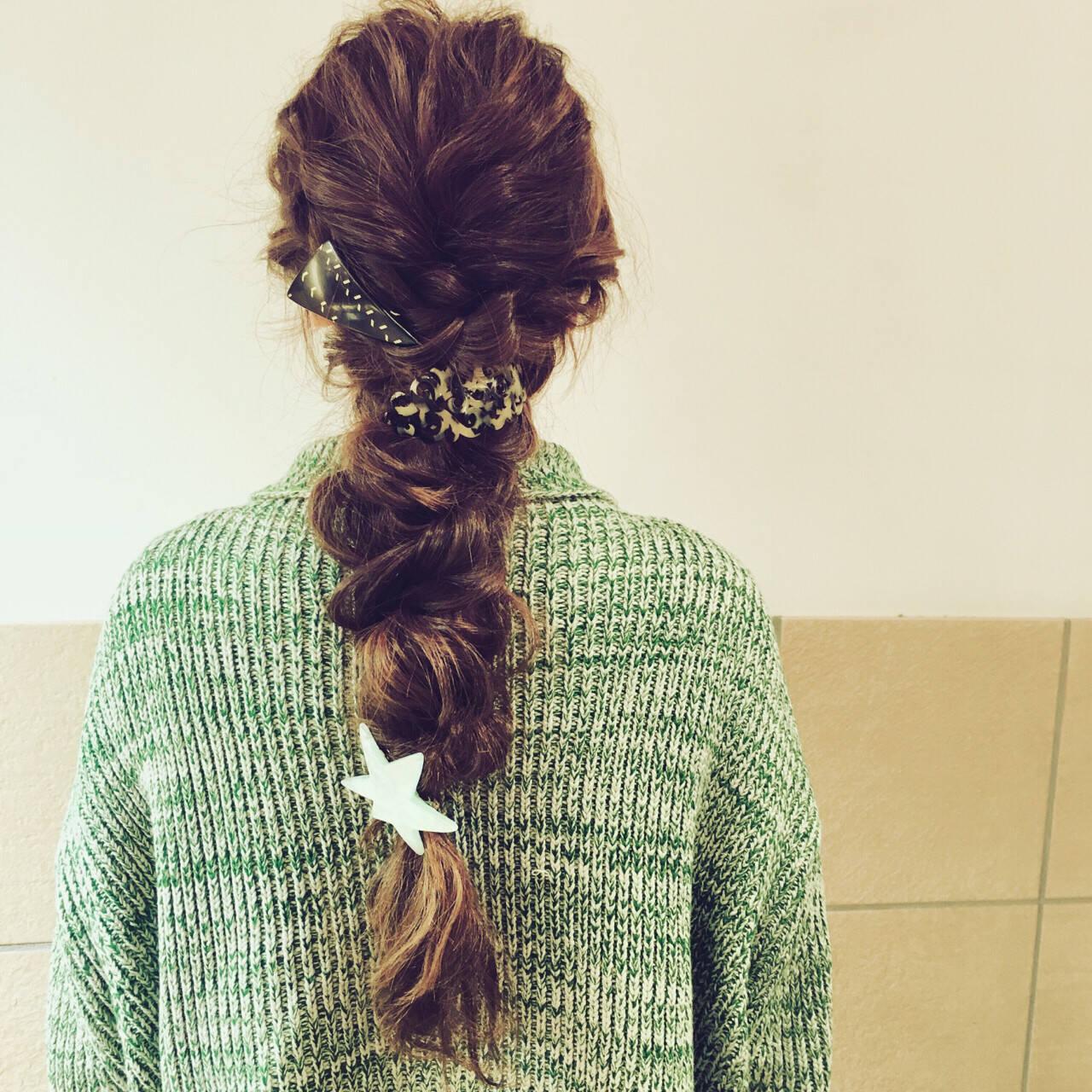 ロング 編み込み ヘアアレンジ 簡単ヘアアレンジヘアスタイルや髪型の写真・画像