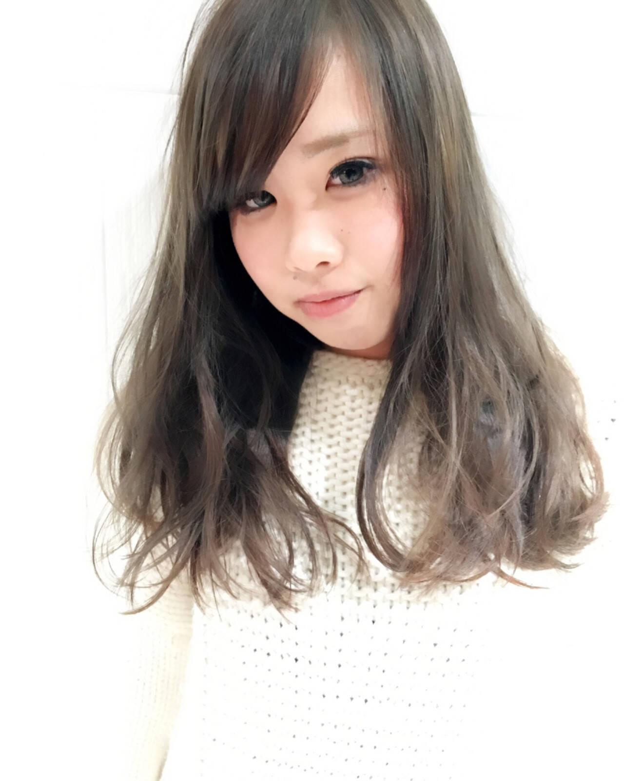 外国人風カラー 渋谷系 ロング 逆三角形ヘアスタイルや髪型の写真・画像