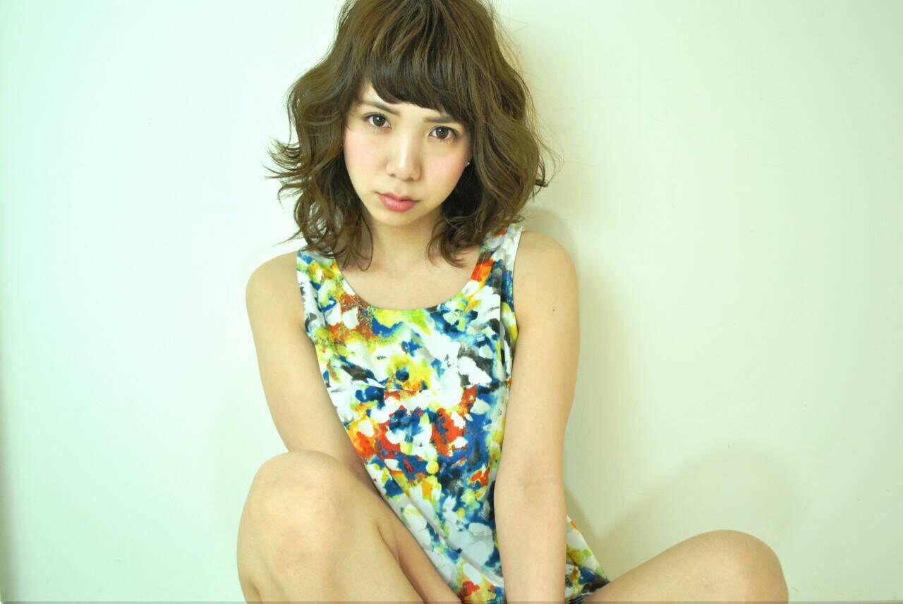 ガーリー ミディアム 外ハネ 大人女子ヘアスタイルや髪型の写真・画像