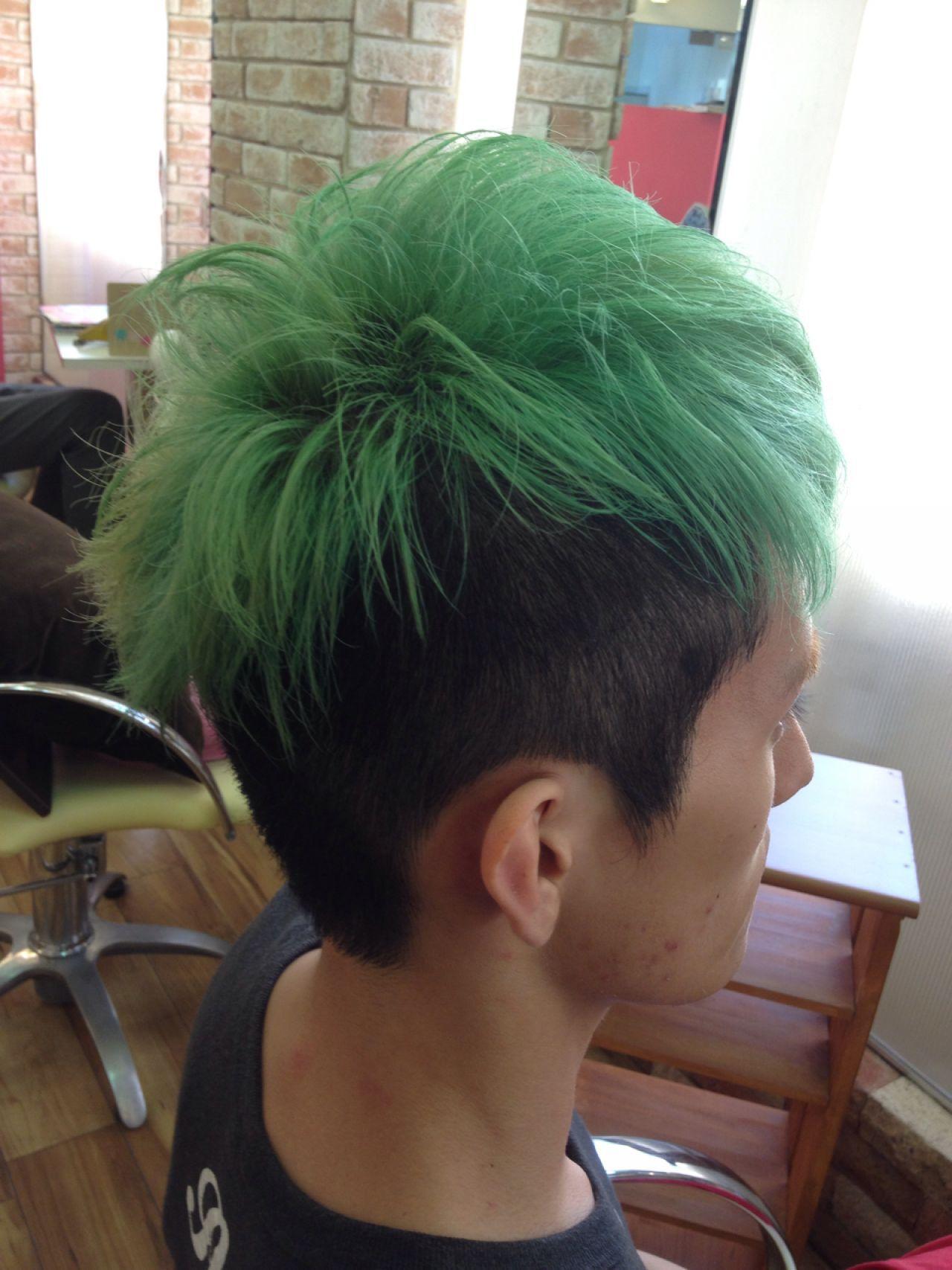 ハイトーン ストリートヘアスタイルや髪型の写真・画像