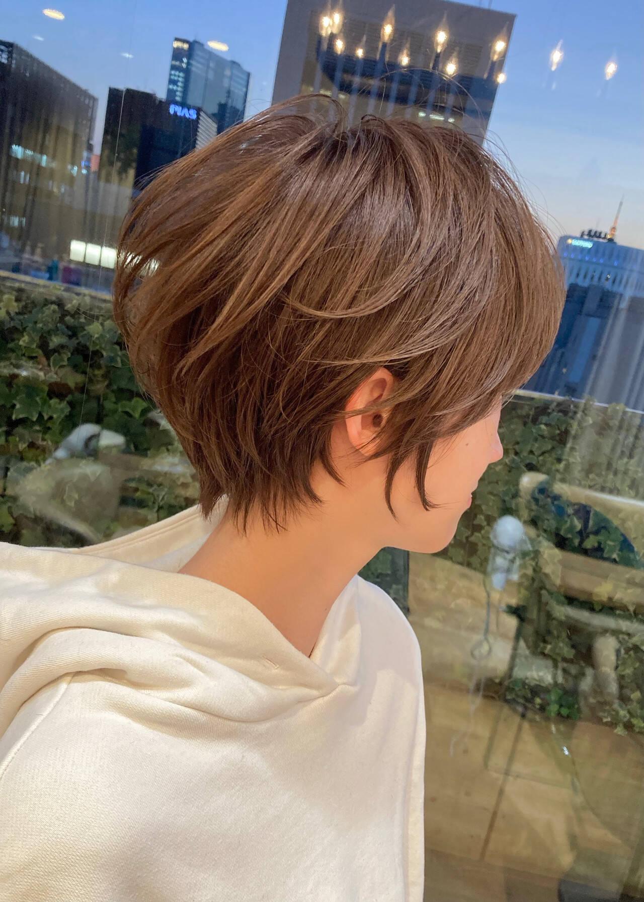 ママヘア ナチュラル 40代 ショートヘアスタイルや髪型の写真・画像