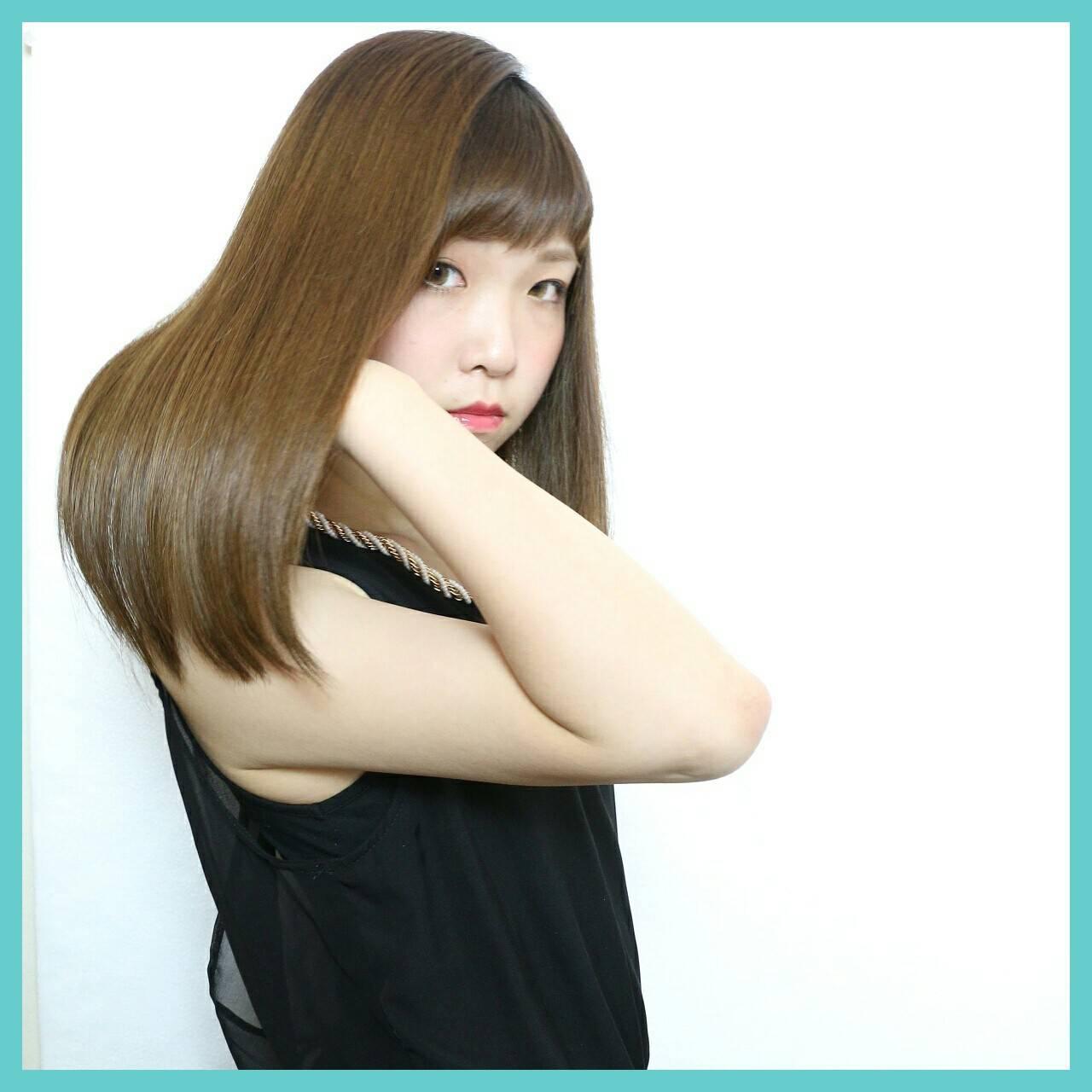 暗髪 ストレート ロング 大人かわいいヘアスタイルや髪型の写真・画像