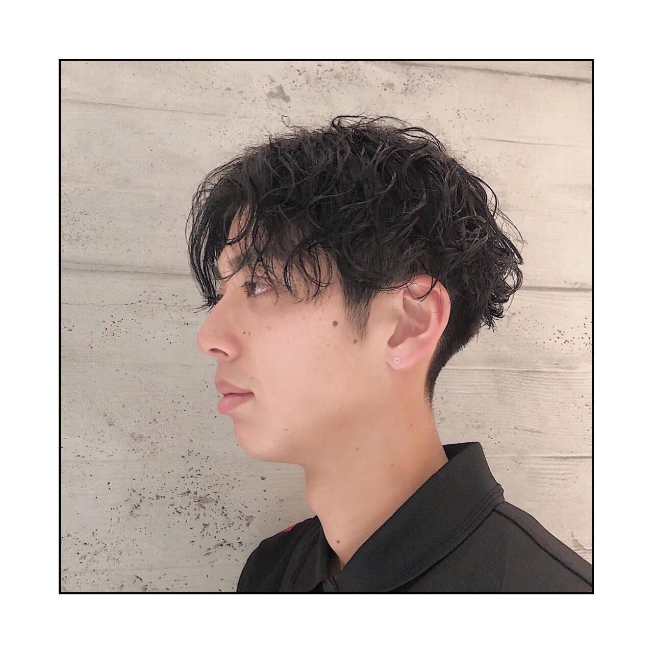 ナチュラル ショート メンズマッシュ パーマヘアスタイルや髪型の写真・画像
