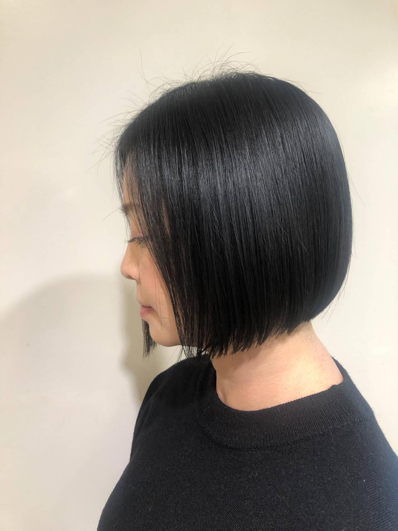 ショートヘア ボブ ナチュラル タッセルボブヘアスタイルや髪型の写真・画像