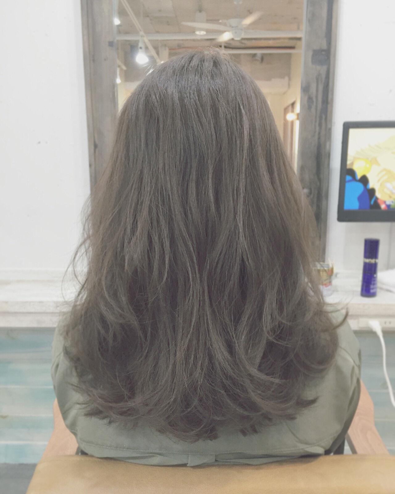 暗髪 ストリート グラデーションカラー 外国人風ヘアスタイルや髪型の写真・画像