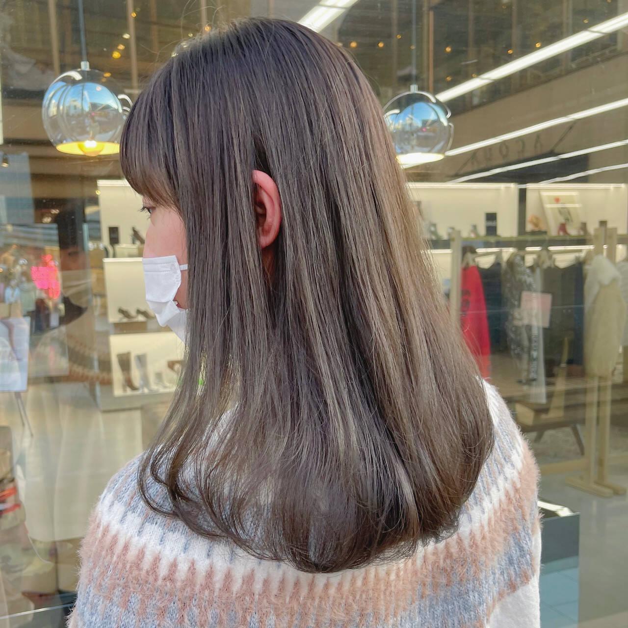 ナチュラル ロング 透明感 透明感カラーヘアスタイルや髪型の写真・画像