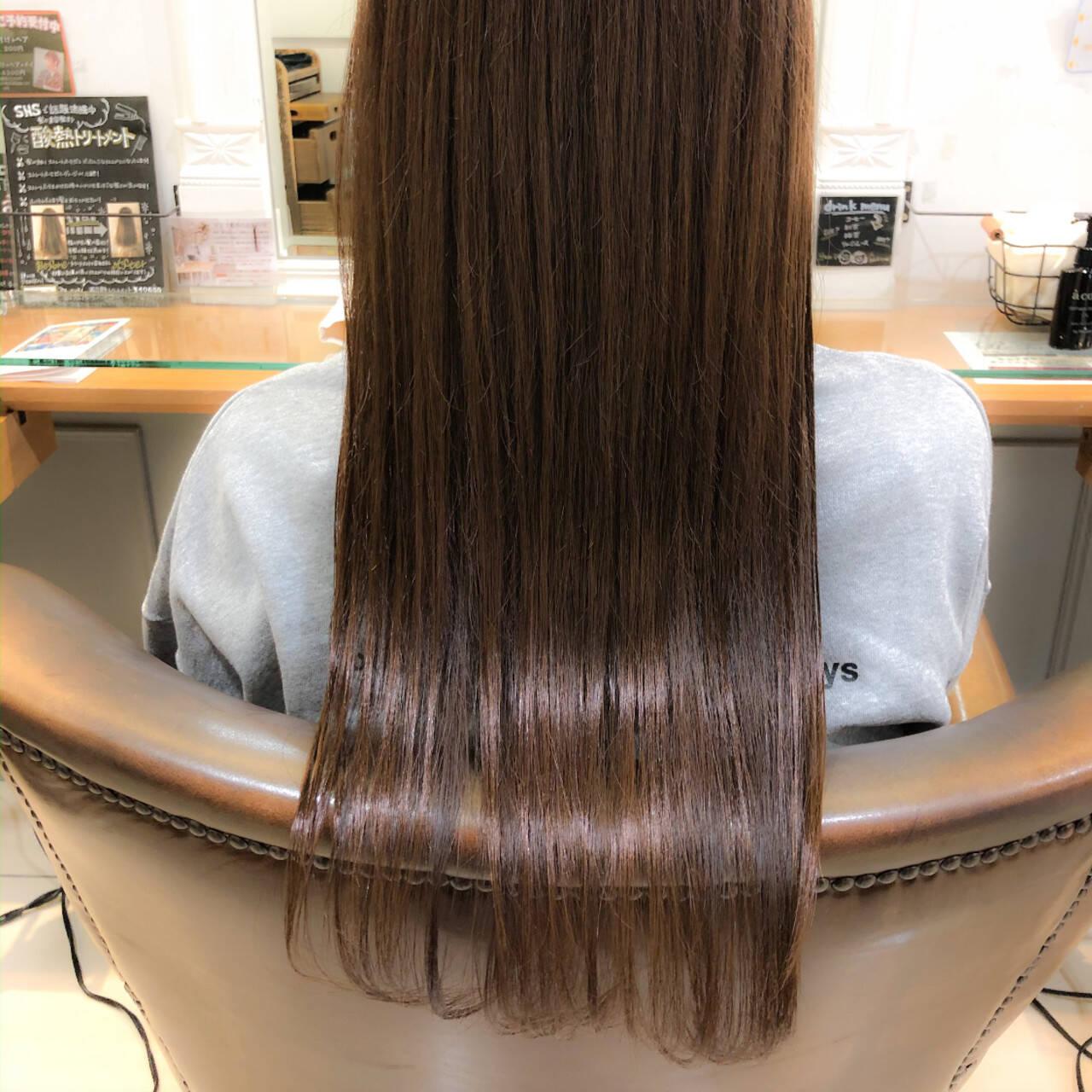 ロング 大人ロング ナチュラル 髪質改善トリートメントヘアスタイルや髪型の写真・画像