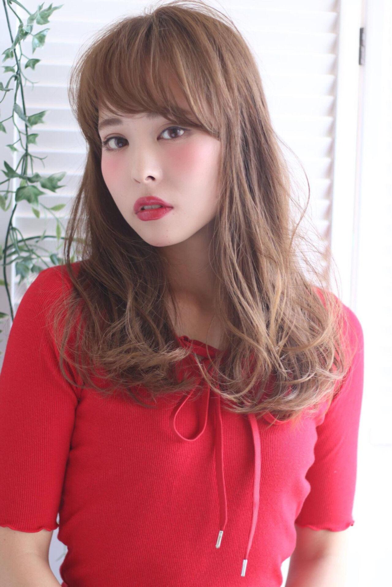 前髪あり アッシュ 外国人風 ナチュラルヘアスタイルや髪型の写真・画像