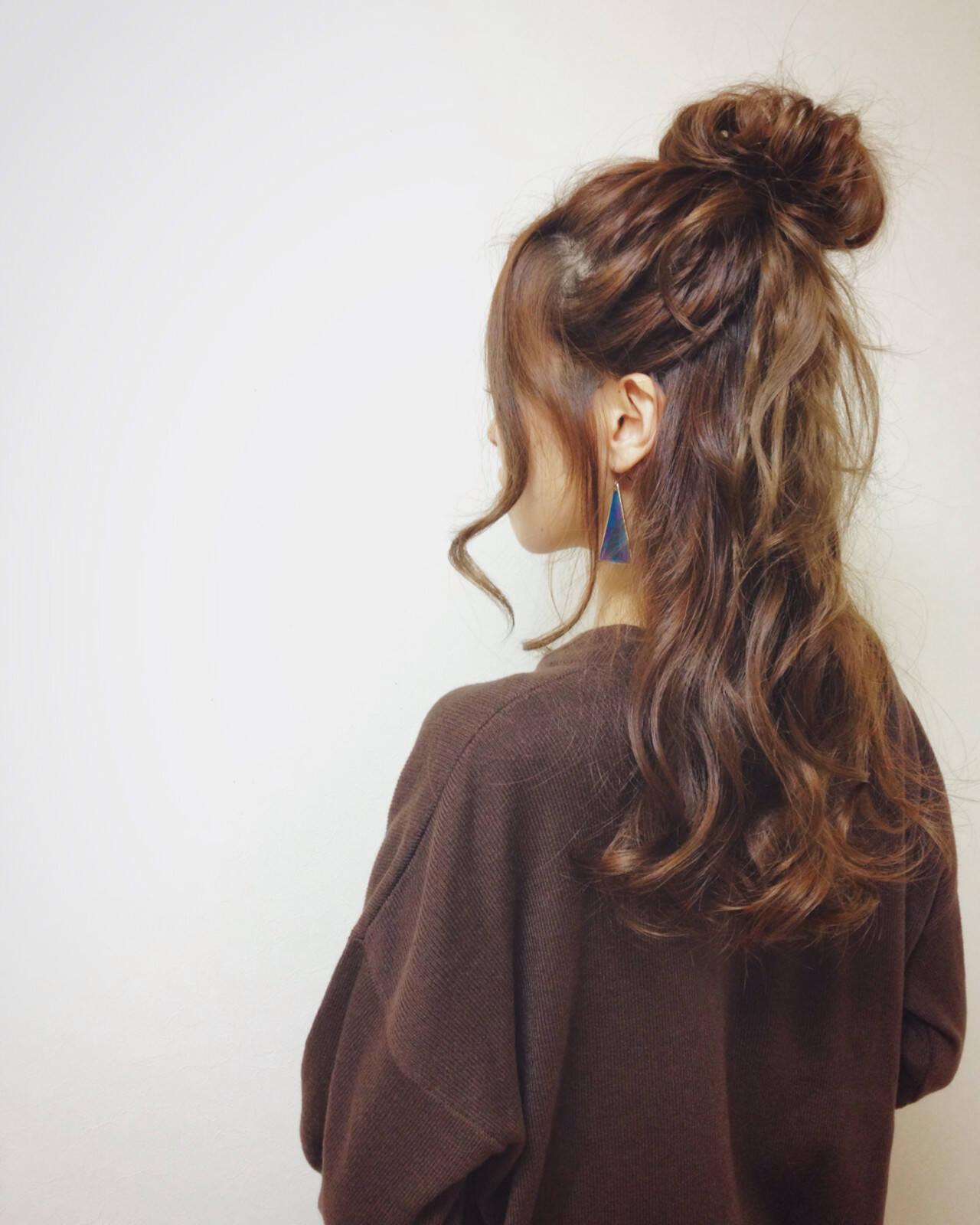 センターパート ショート 外国人風 セミロングヘアスタイルや髪型の写真・画像