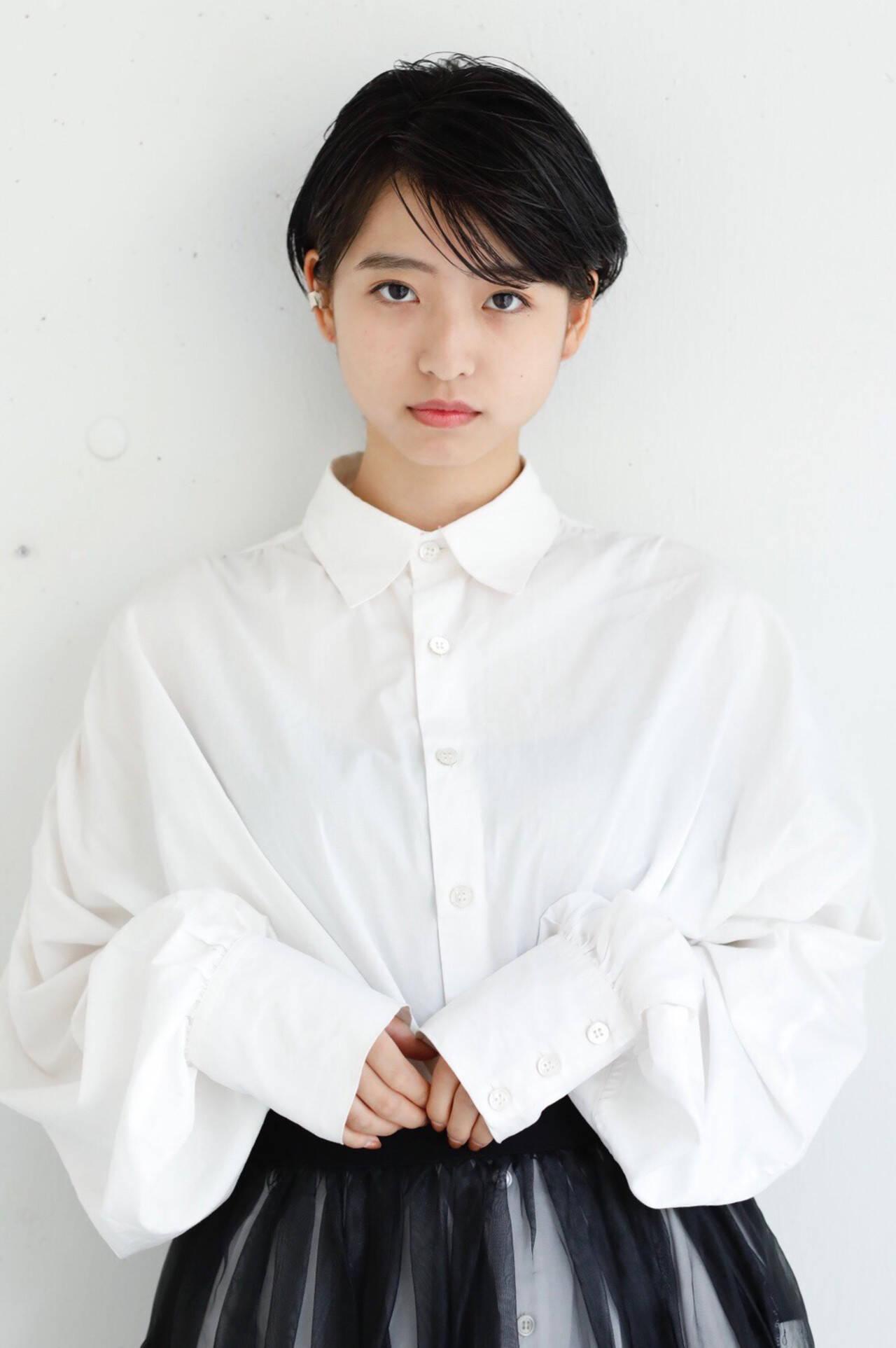 黒髪 ショート パーマ モードヘアスタイルや髪型の写真・画像