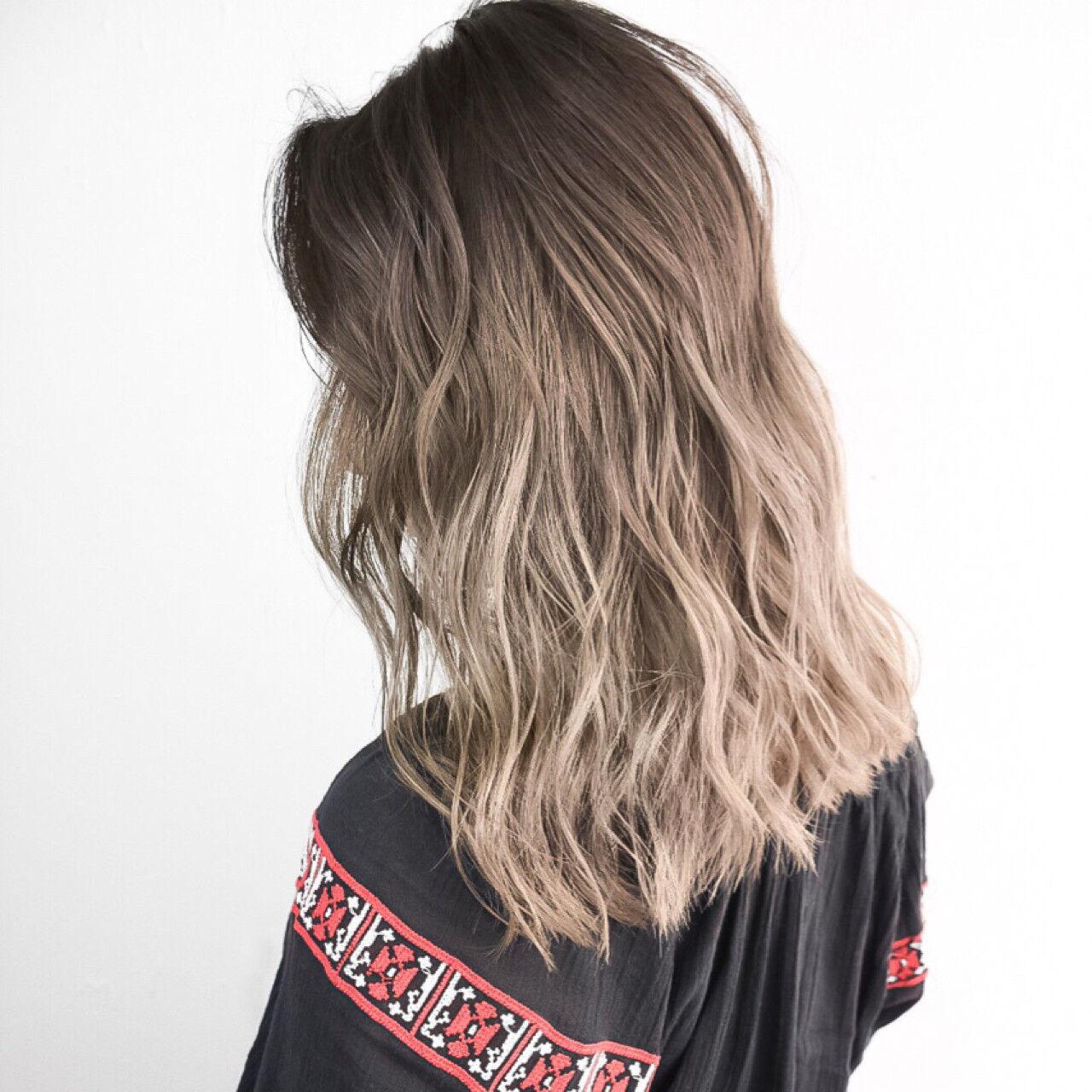 外国人風カラー ストリート スポーツ ミディアムヘアスタイルや髪型の写真・画像