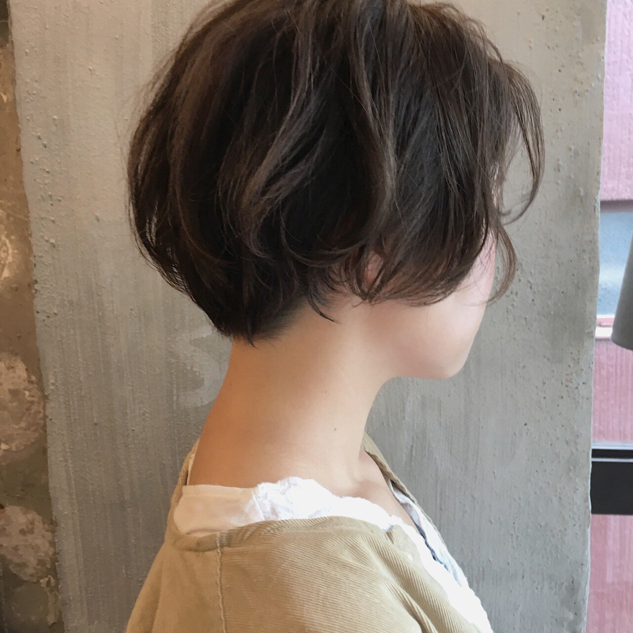 デート 外ハネ こなれ感 ナチュラルヘアスタイルや髪型の写真・画像