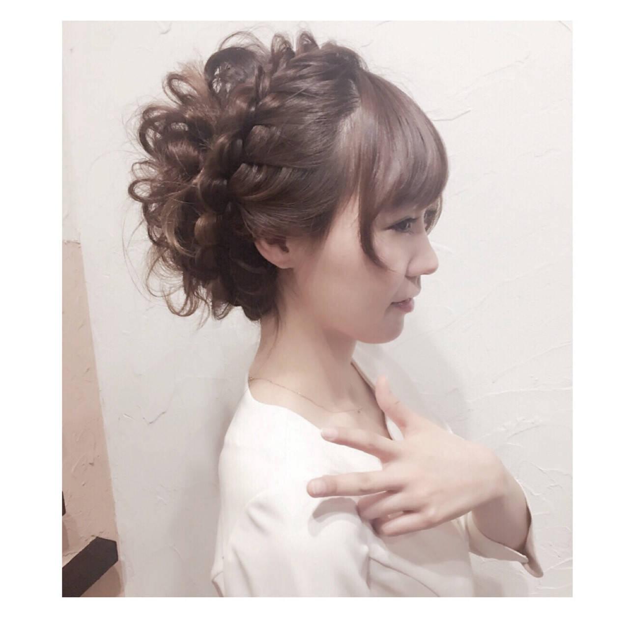 ゆるふわ アッシュ ヘアアレンジ フェミニンヘアスタイルや髪型の写真・画像