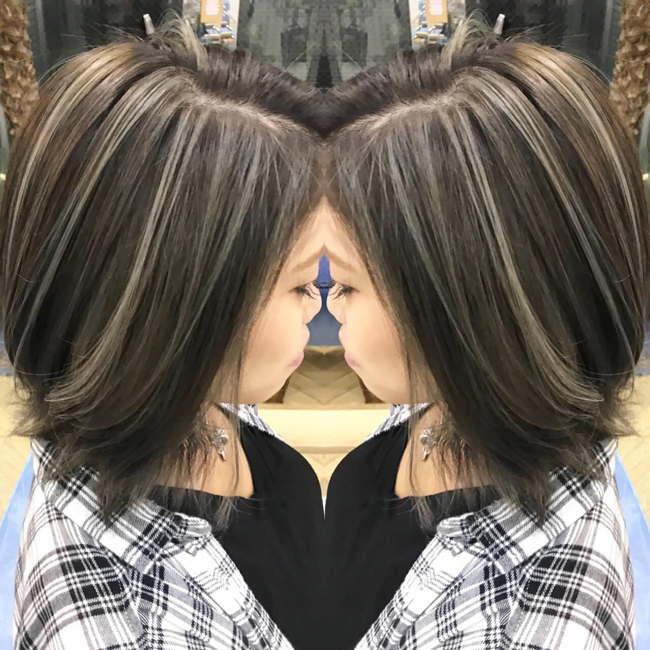 ハイライト ミディアム 外国人風 エレガントヘアスタイルや髪型の写真・画像