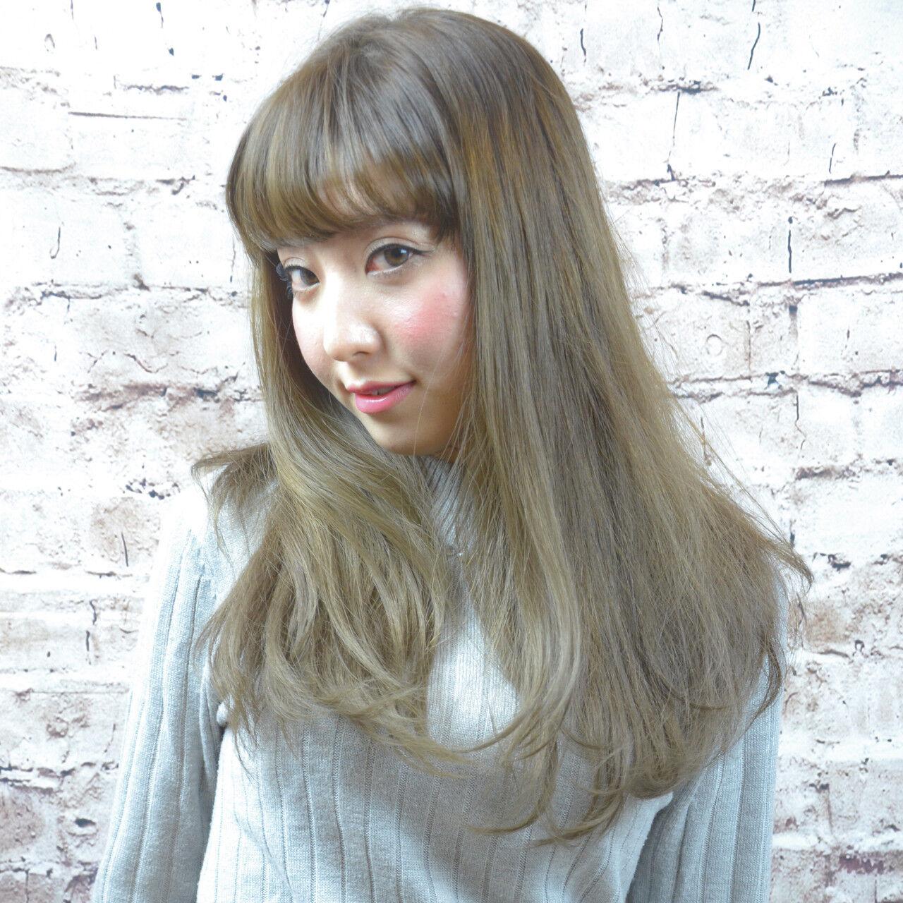 外国人風 外国人風カラー ストリート グレージュヘアスタイルや髪型の写真・画像