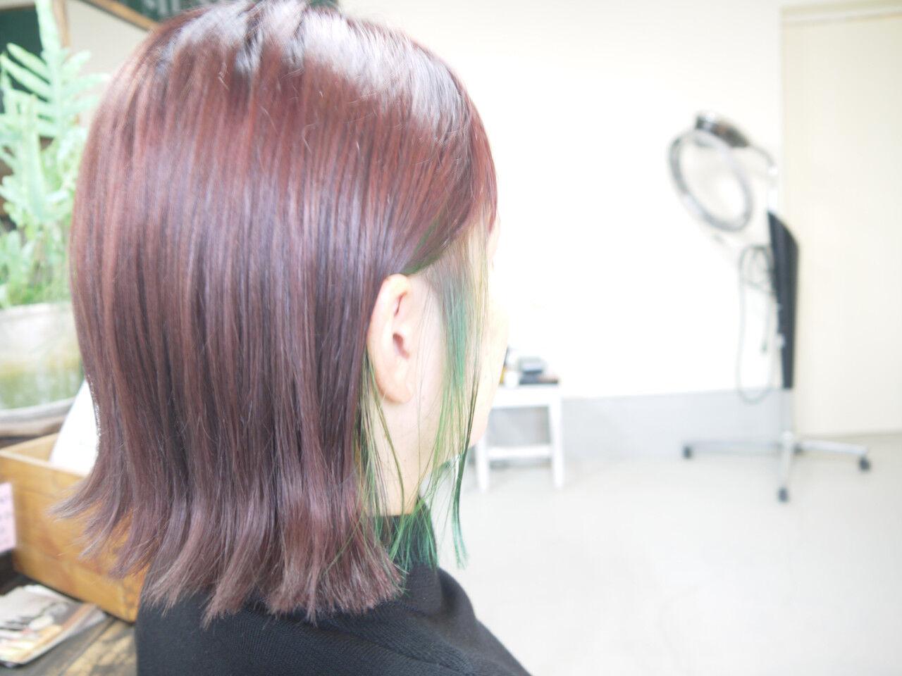 ラベンダーピンク インナーカラー ピンクバイオレット ボブヘアスタイルや髪型の写真・画像