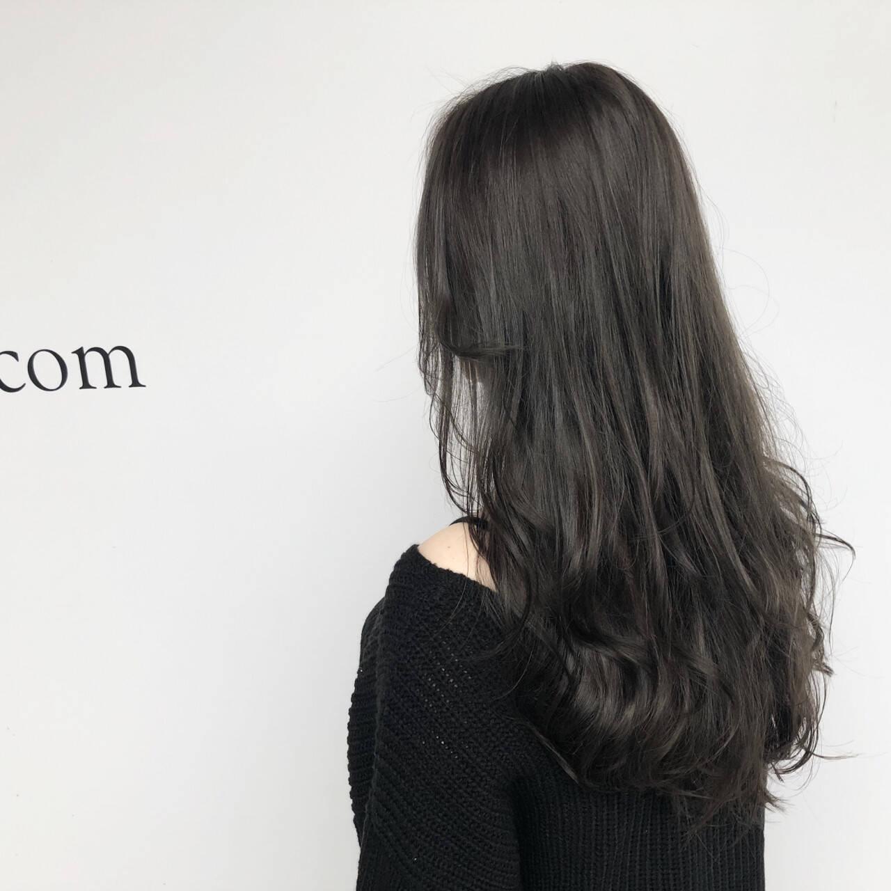 レイヤーカット 透明感 おフェロ ロングヘアスタイルや髪型の写真・画像