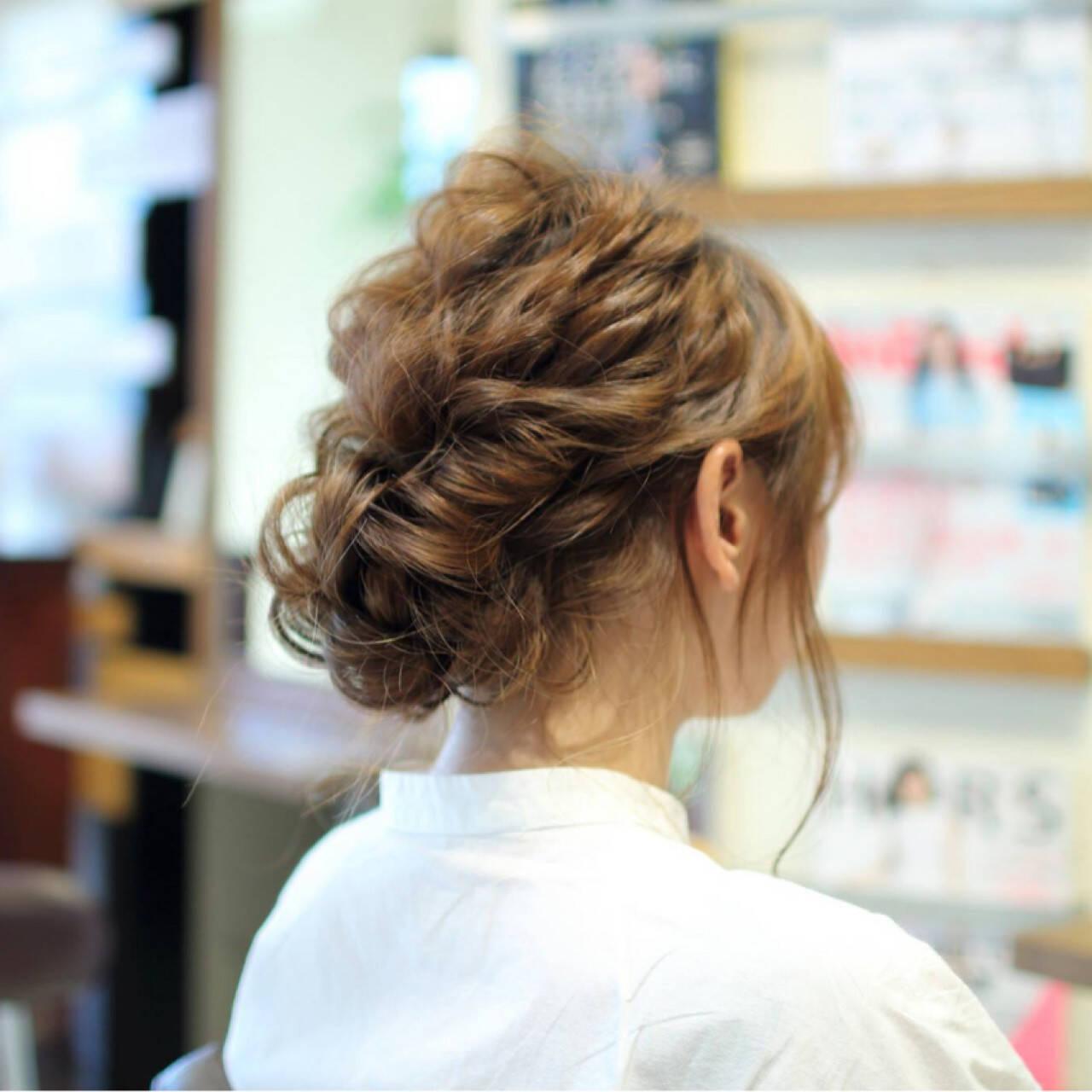 ヘアアレンジ ゆるふわ シニヨン ロングヘアスタイルや髪型の写真・画像