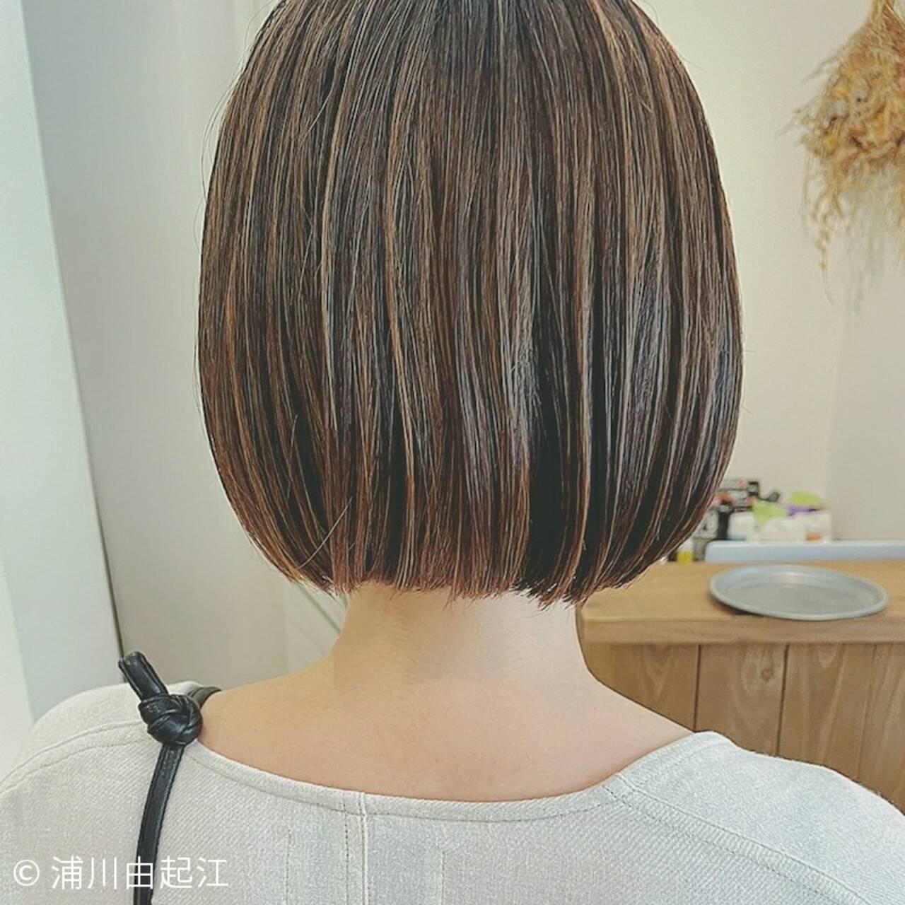 ボブ ハイライト 秋 ナチュラルヘアスタイルや髪型の写真・画像