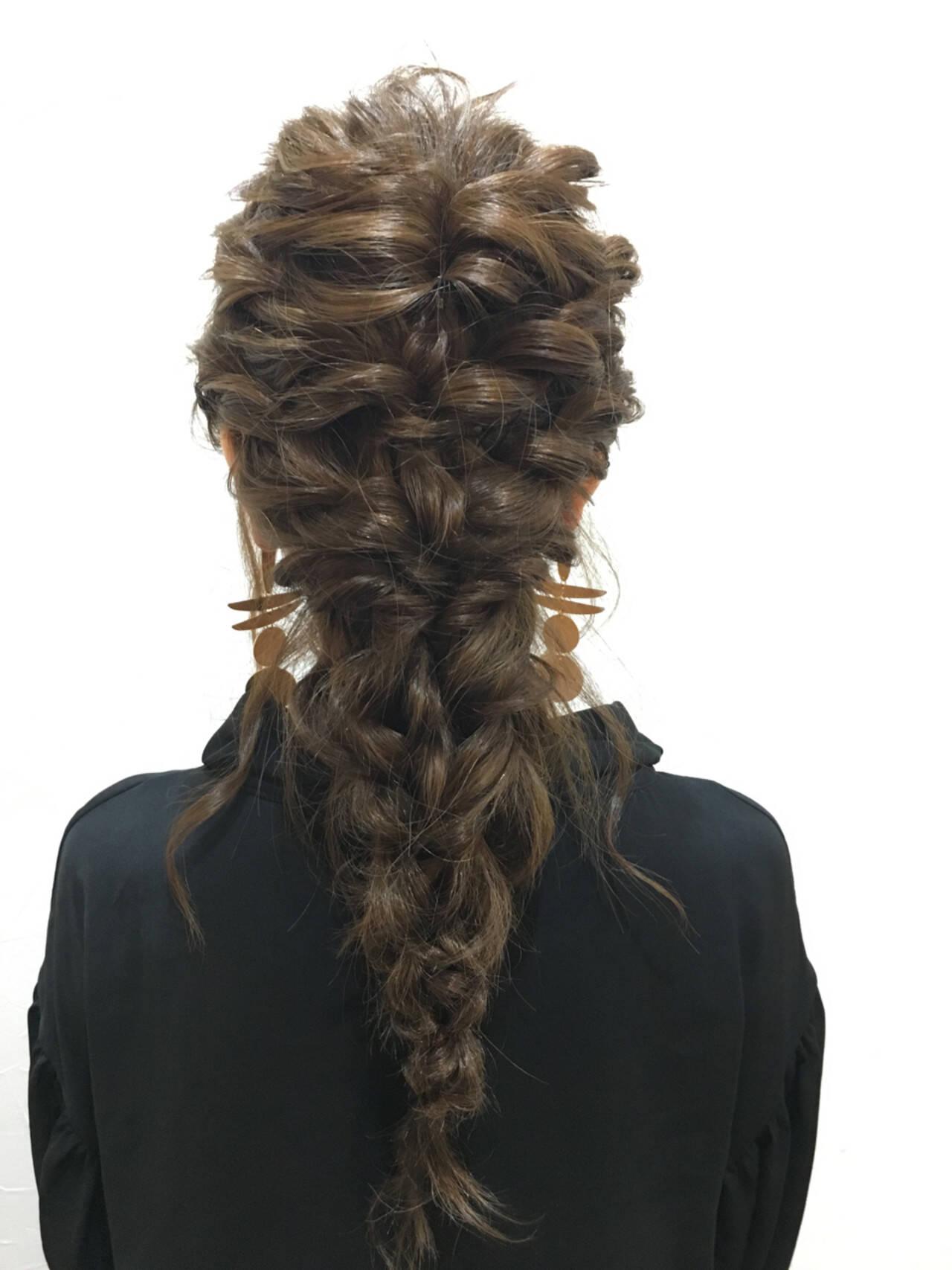 デート ガーリー ロング 結婚式ヘアスタイルや髪型の写真・画像