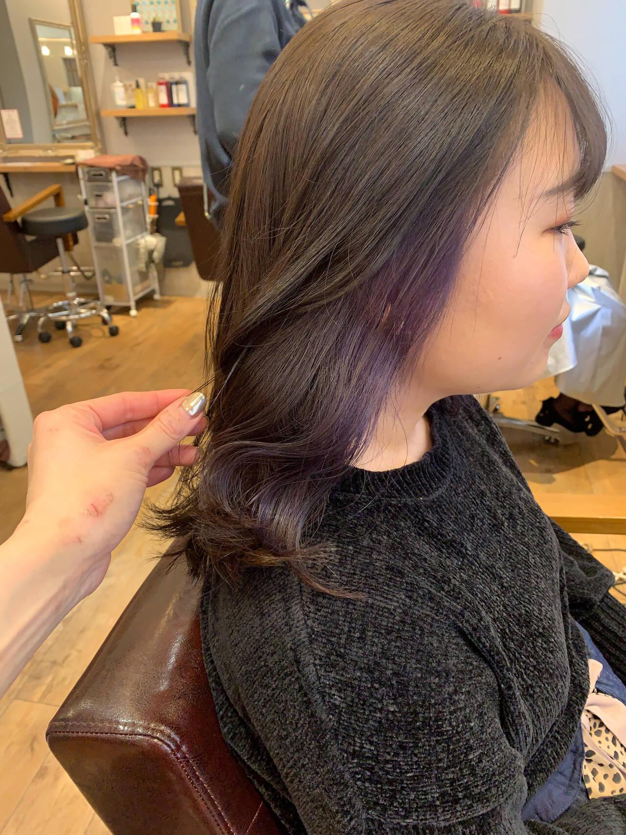 セミロング ナチュラル 大人女子 愛されヘアスタイルや髪型の写真・画像