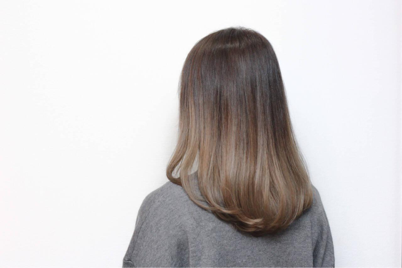 アッシュ ナチュラル 暗髪 外国人風ヘアスタイルや髪型の写真・画像