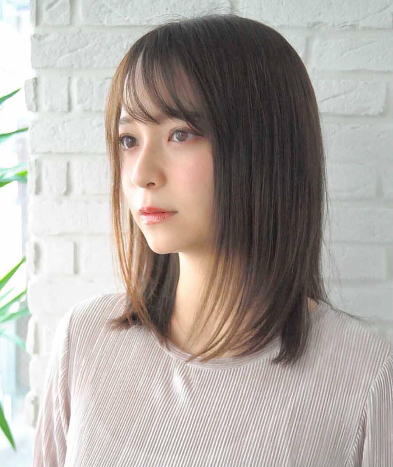 大人かわいい ミディアム 髪質改善 ストレートヘアスタイルや髪型の写真・画像