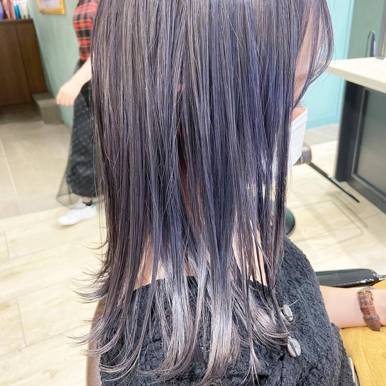 ラベンダーグレージュ ミディアム フェミニン ラベンダーカラーヘアスタイルや髪型の写真・画像
