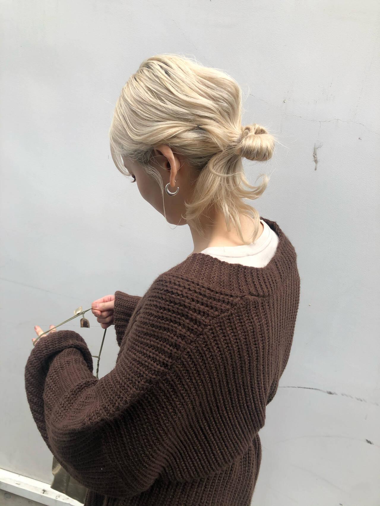 ハイトーン 簡単ヘアアレンジ ロング ハイトーンカラーヘアスタイルや髪型の写真・画像