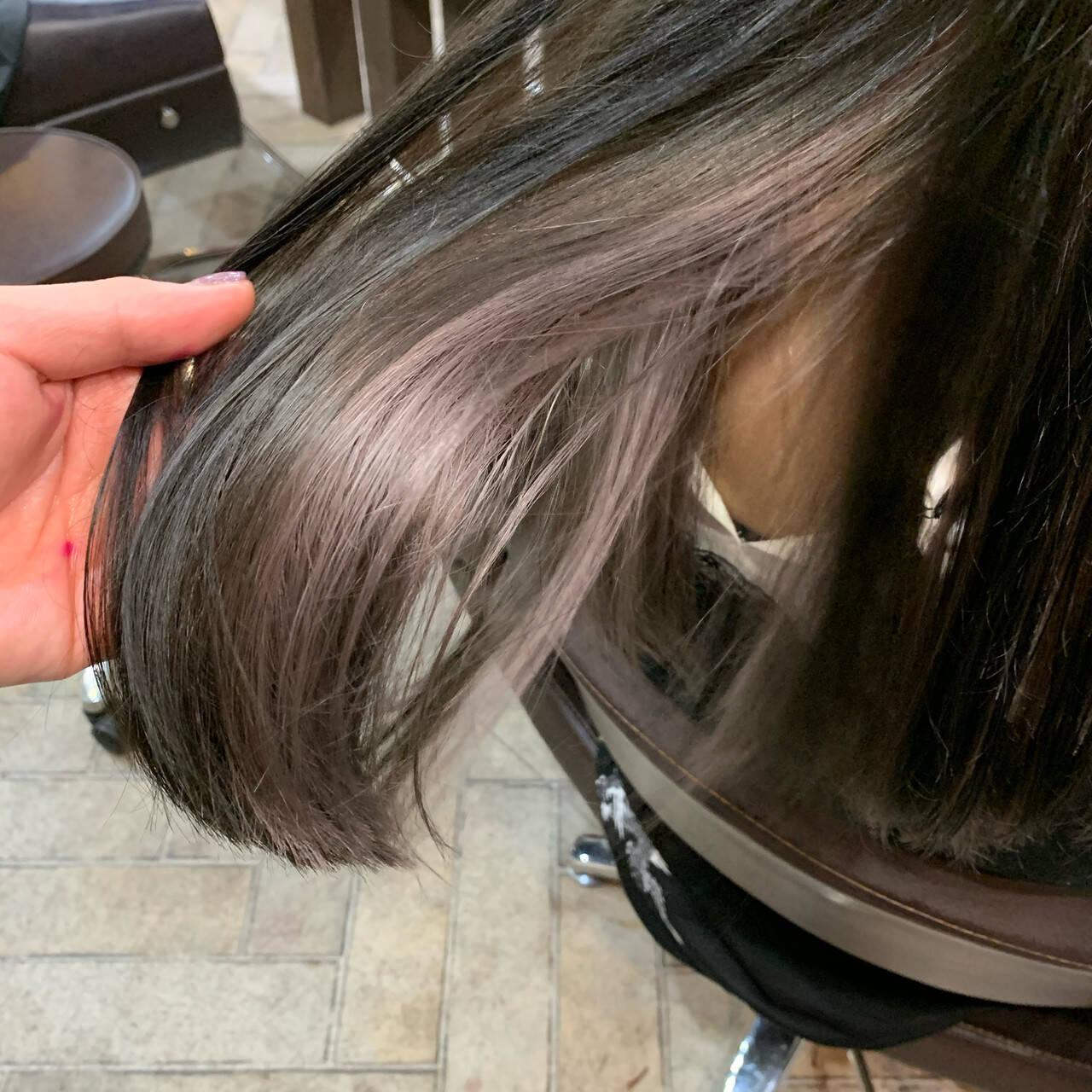 デザインカラー ダブルカラー フェミニン インナーカラーヘアスタイルや髪型の写真・画像