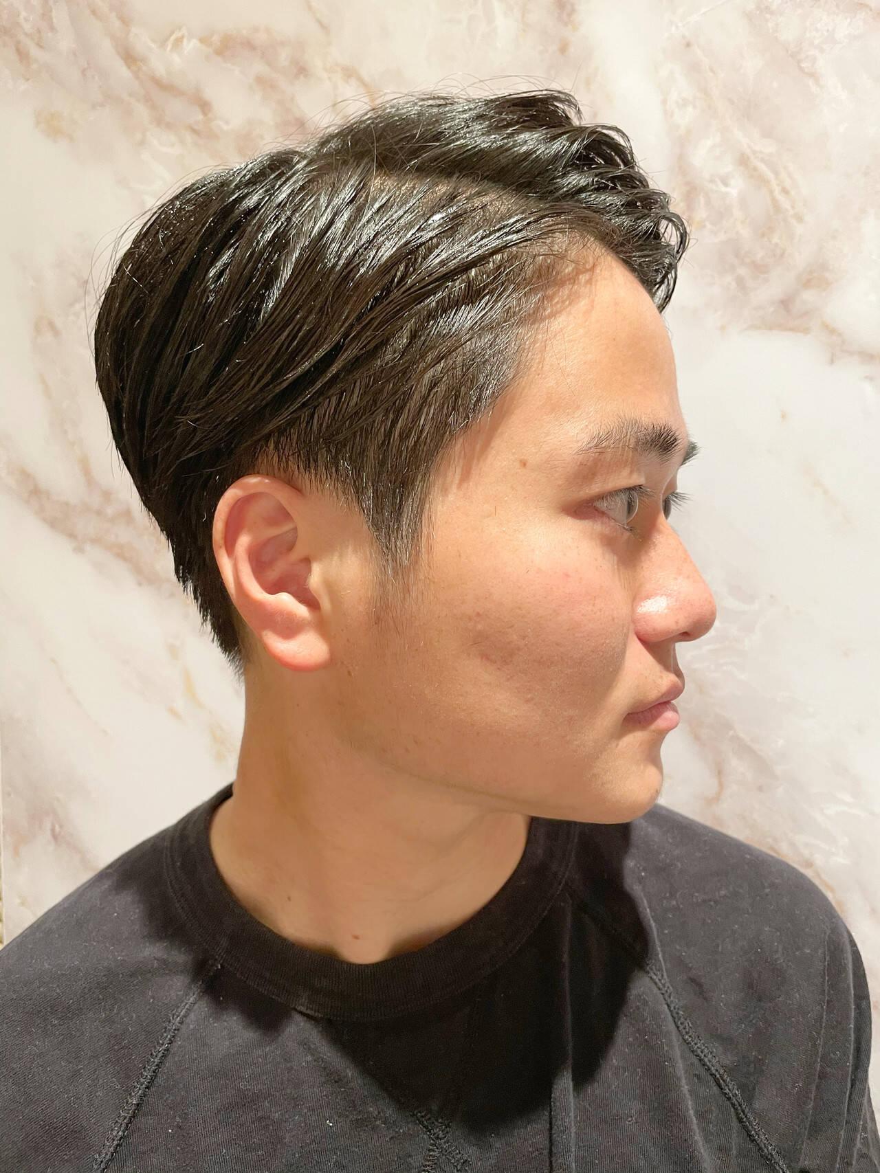 メンズ 刈り上げ 黒髪 ショートヘアスタイルや髪型の写真・画像