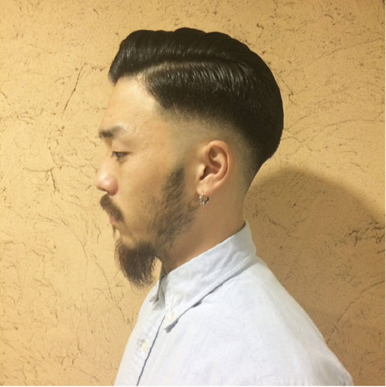 ポンパドール ボブ メンズ ストリートヘアスタイルや髪型の写真・画像