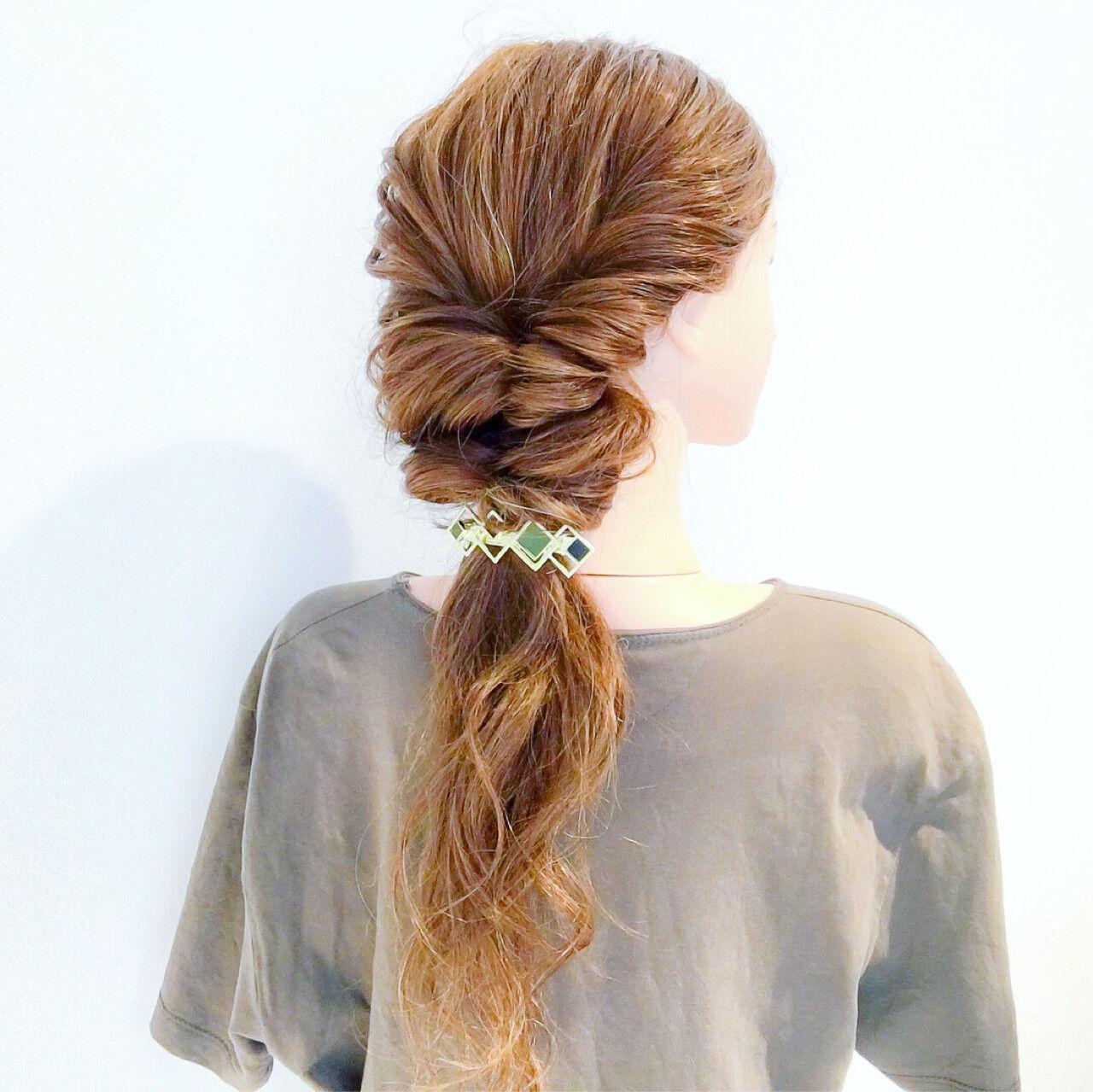 ロング エレガント オフィス 上品ヘアスタイルや髪型の写真・画像