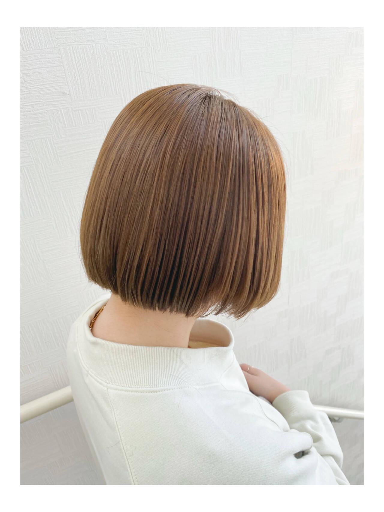 オリーブグレージュ ミニボブ ミルクティーグレージュ ボブヘアスタイルや髪型の写真・画像