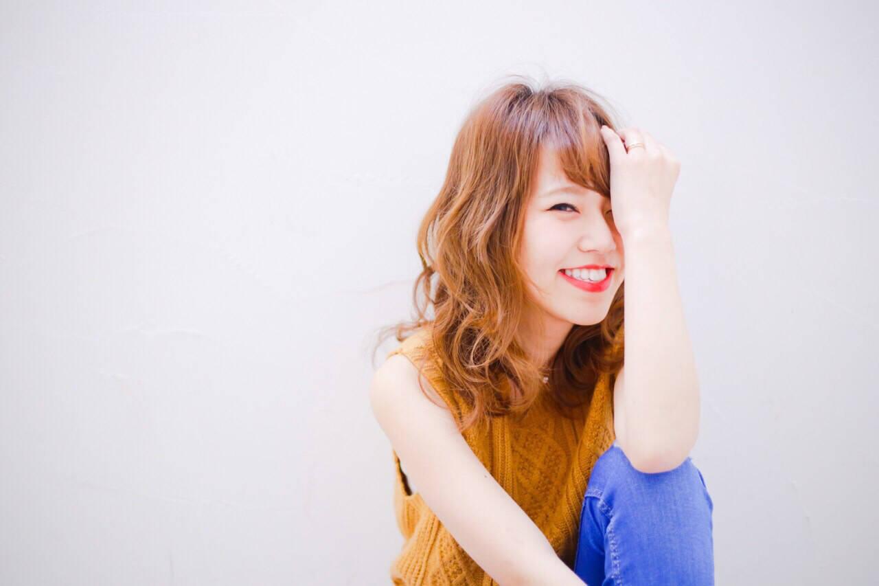 外国人風 ブラウン グラデーションカラー アッシュヘアスタイルや髪型の写真・画像