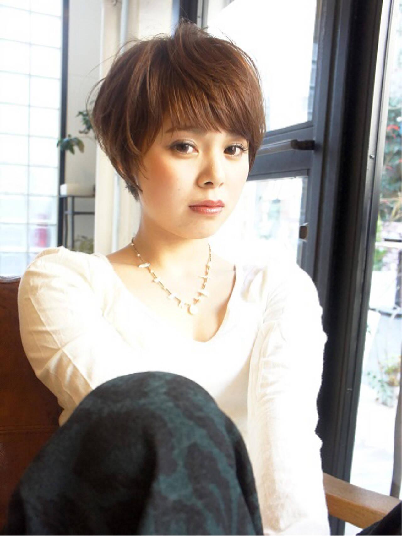 外国人風カラー ショート 大人かわいい 前髪ありヘアスタイルや髪型の写真・画像
