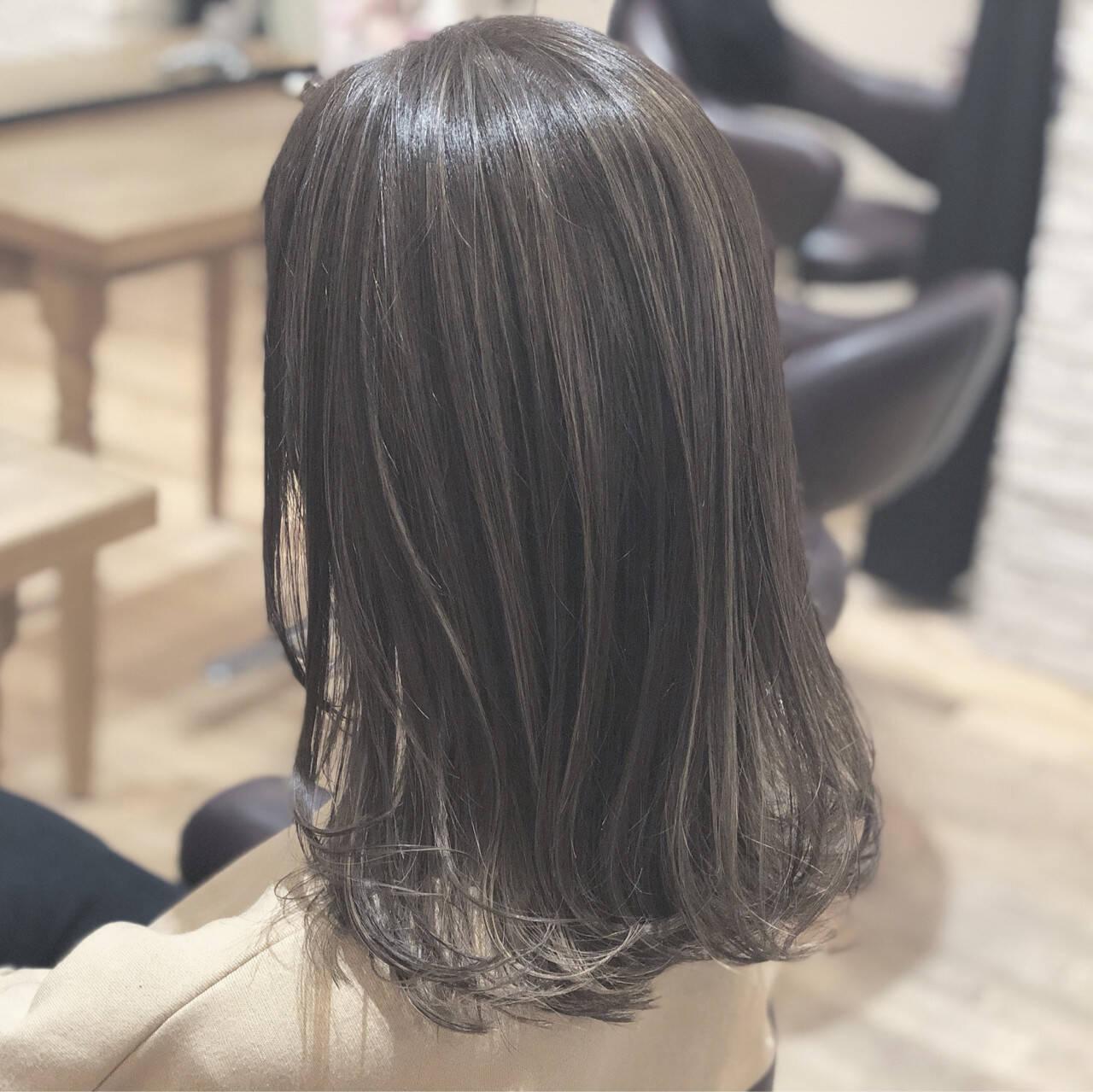 こなれ感 ハイライト 大人かわいい ミディアムヘアスタイルや髪型の写真・画像