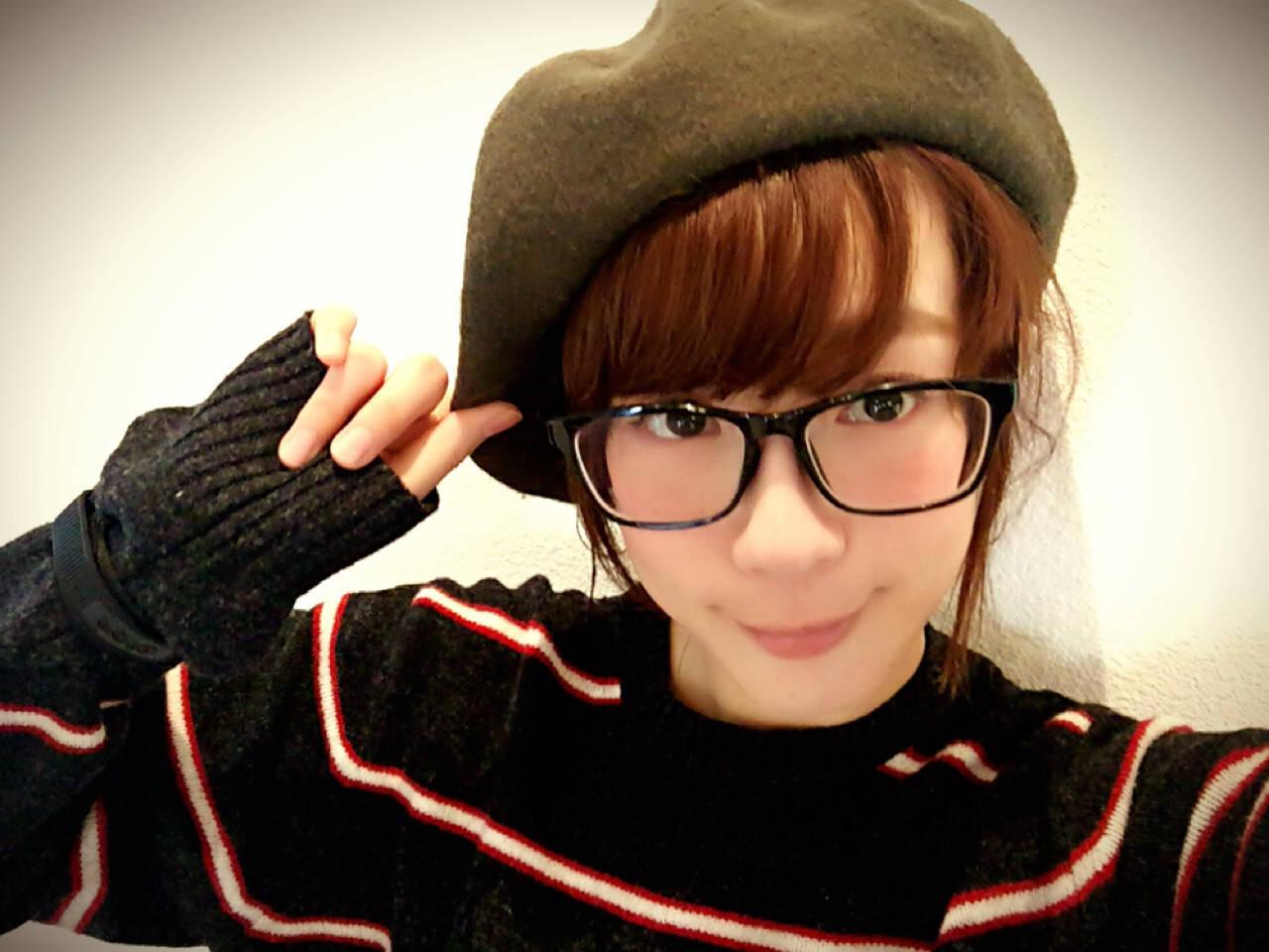 ポニーテール ヘアアレンジ ベレー帽 大人女子ヘアスタイルや髪型の写真・画像