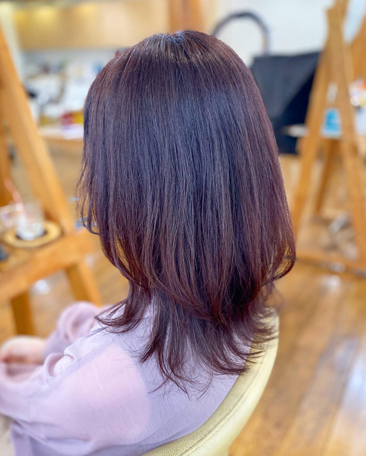 ガーリー ラベンダーピンク セミロング レイヤーカットヘアスタイルや髪型の写真・画像