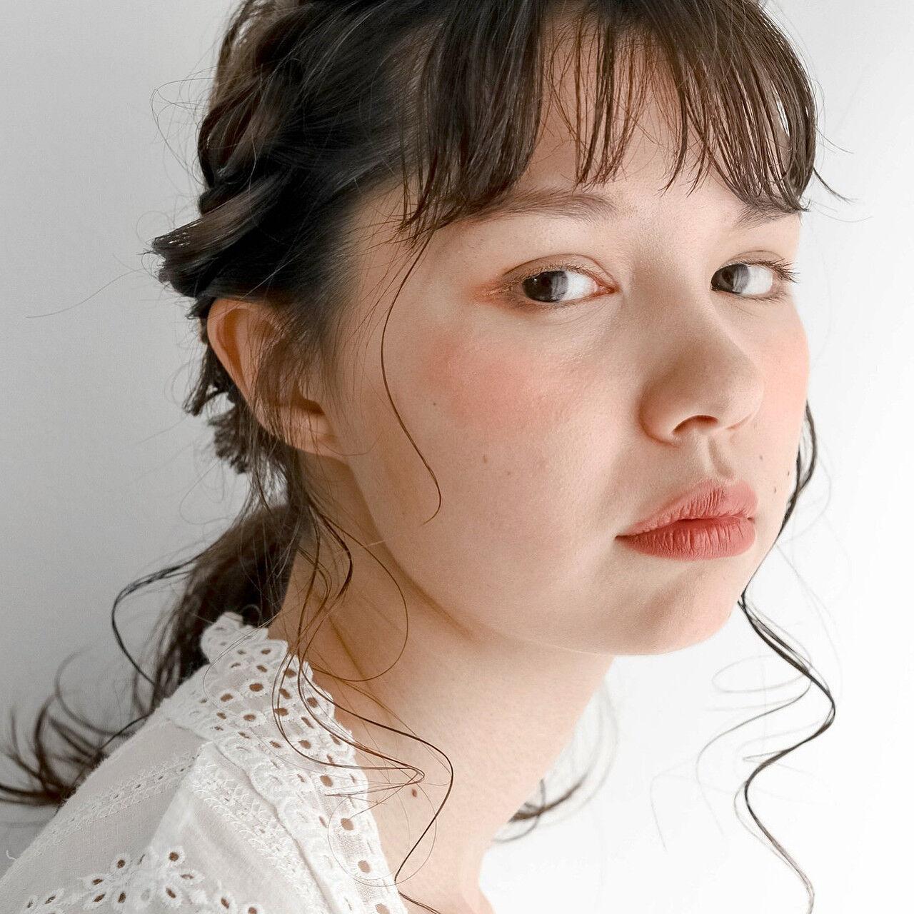 ミディアム ミルクティーベージュ シアーベージュ 簡単ヘアアレンジヘアスタイルや髪型の写真・画像