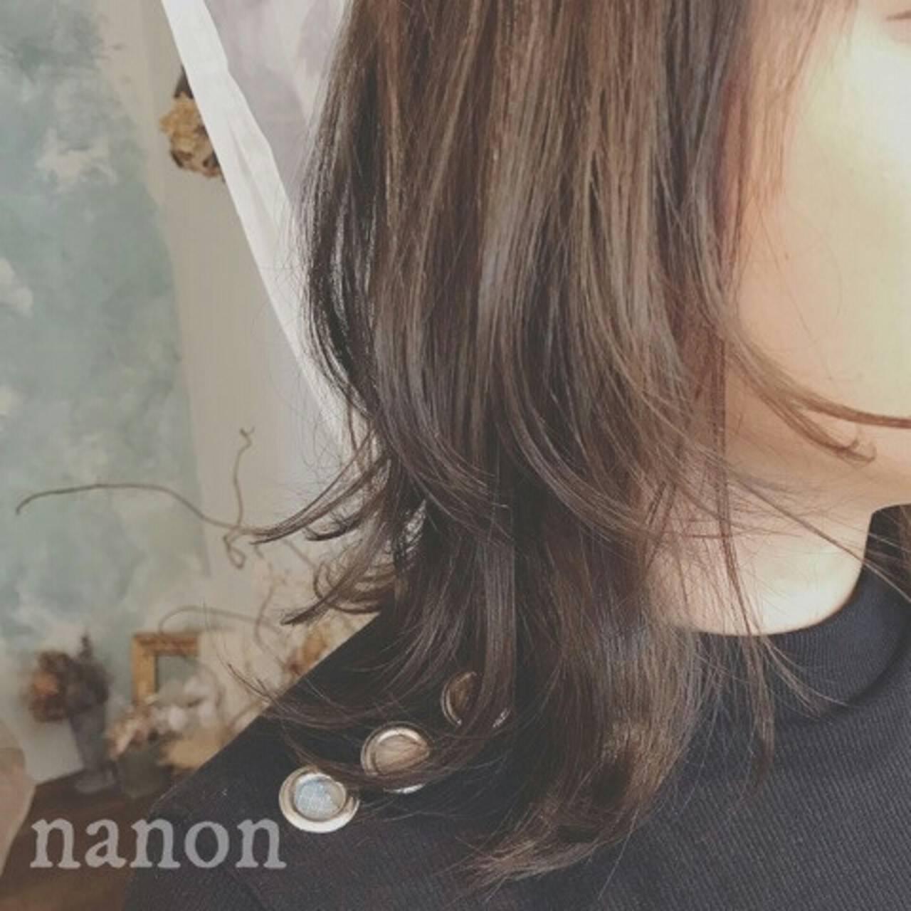 フェミニン 秋 大人かわいい アッシュヘアスタイルや髪型の写真・画像